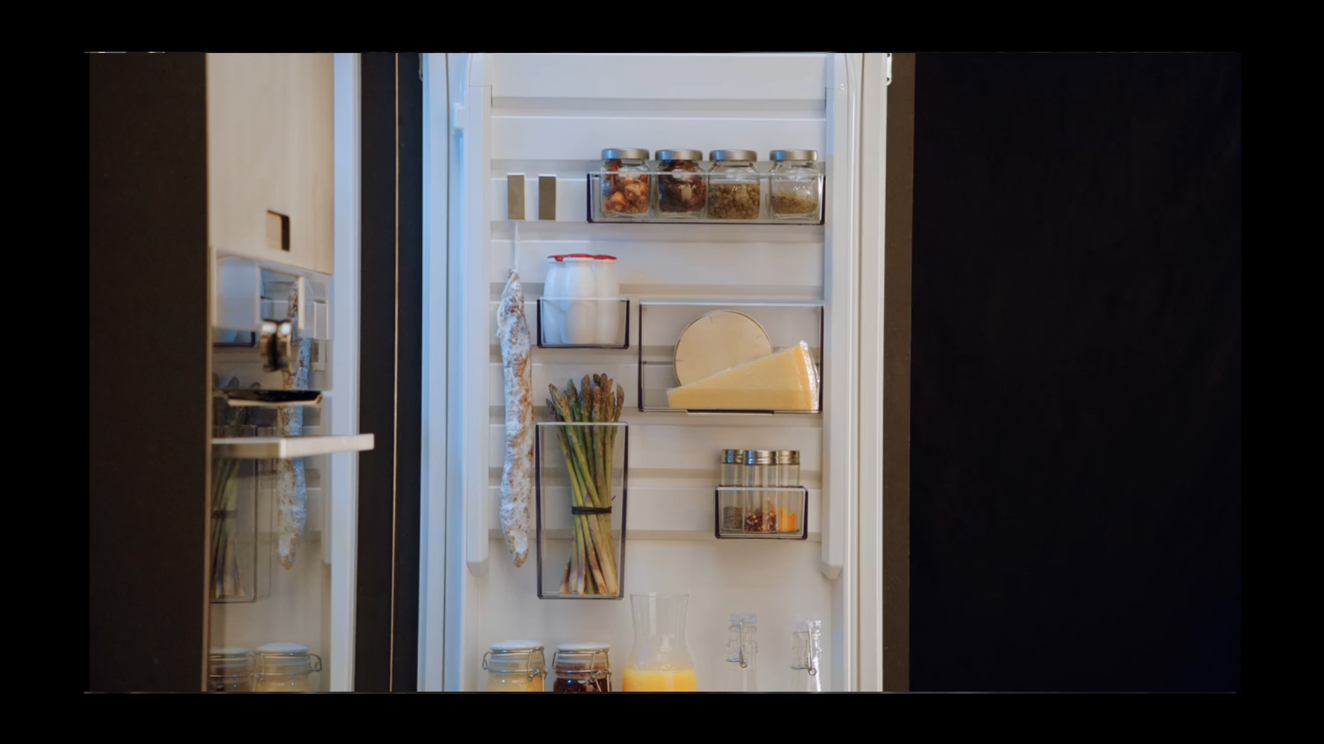Aeg Kühlschrank Vitafresh : Aeg kühlschrank mit customflex elektrogeräte im raum mettmann